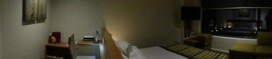 Crowne Plaza Hotel Canberra : Room