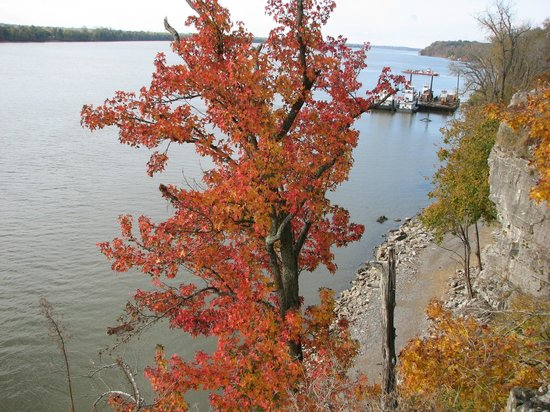 Cave-in-Rock State Park: Ohio River