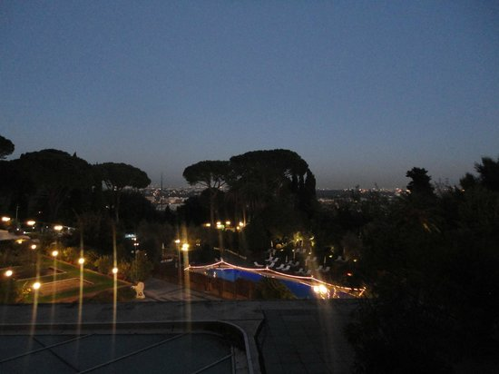 Rome Cavalieri, Waldorf Astoria Hotels & Resorts: Balcony view