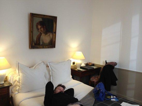 Hotel d'Orsay - Esprit de France: Bedroom