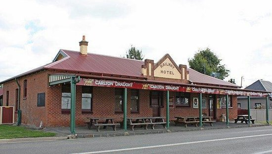 Spring Hill, Australia: The Railway Hotel
