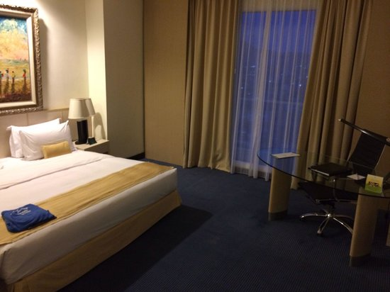 Sintesa Peninsula Hotel: Room 807