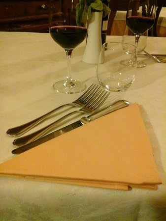 Hotel Campiglione: simple, elegant setting for dinner
