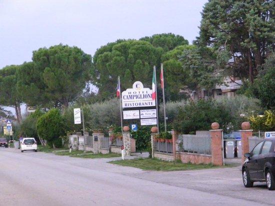 Hotel Campiglione : hotel entrance