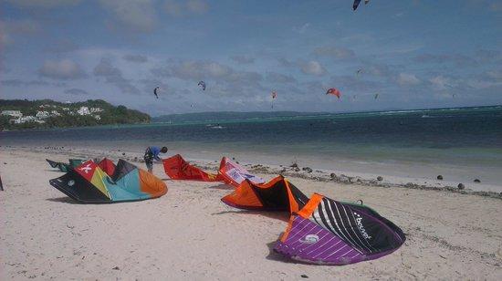 Habagat Kiteboarding Center: beach