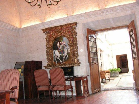 Casa Andina Premium Arequipa: Guest internet area /ATM and printer