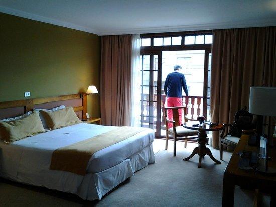 Hotel Rey Don Felipe: room with balcony