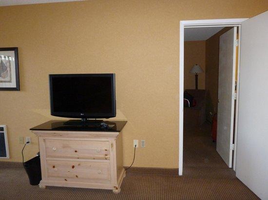 Spyglass Inn: TV
