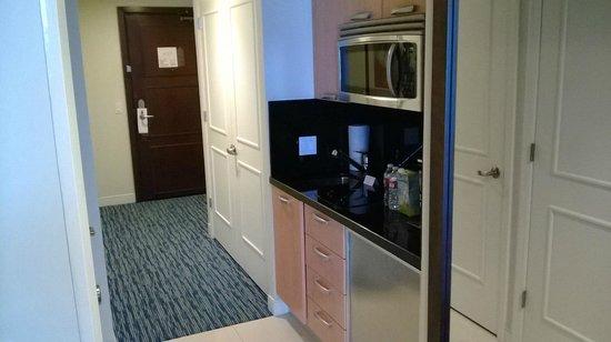 Hilton Fort Lauderdale Beach Resort: One bedroom suite