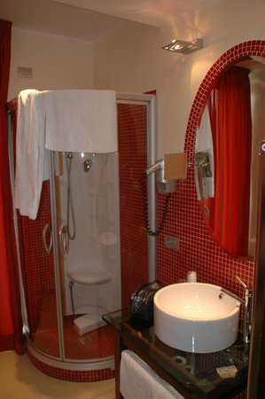 La Griffe Roma - MGallery By Sofitel: My Bathroon