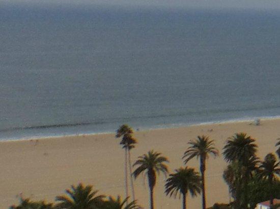 Huntley Santa Monica Beach: vista del restaurante