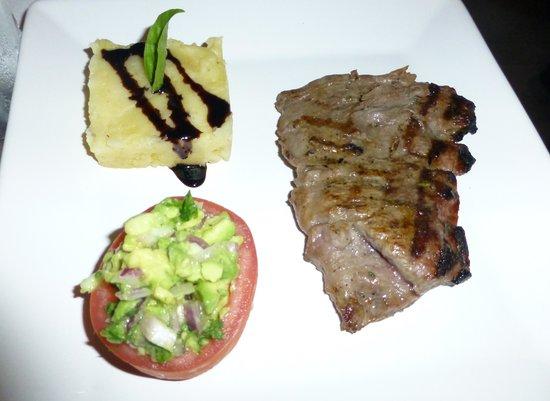 Bistro Teresa: Flank steak