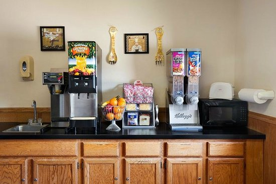 Super 8 Batesville: Check out the options you have included in breakfast