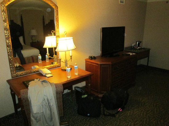 Hilton New Orleans Airport: Two bedroom on the 5th floor