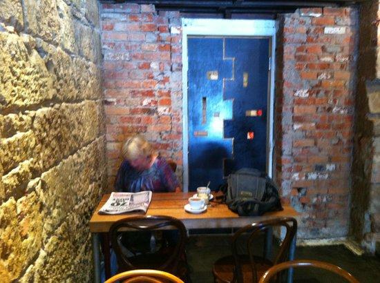 Pilgrim Coffee: Cosy Old World Charm