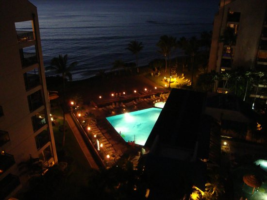 Sands of Kahana : Evening Pool