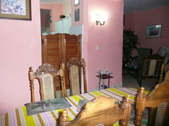 Clarita and Orlando's House: Comedor