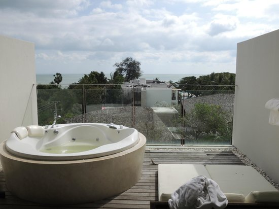 Veranda Resort and Spa Hua Hin Cha Am - MGallery Collection : Nice view in the Jacuzzi Area