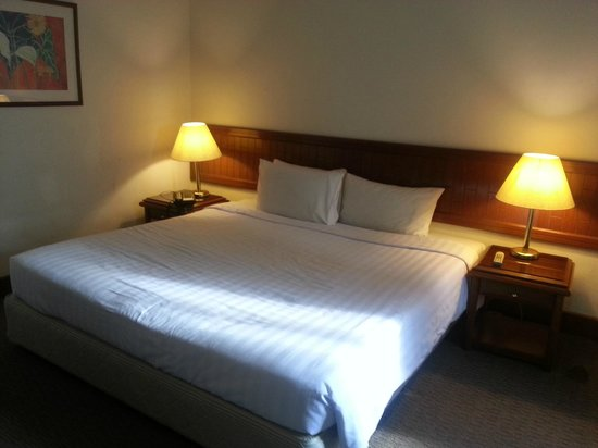 Nomad SuCasa All Suite Hotel: Dirty linens?