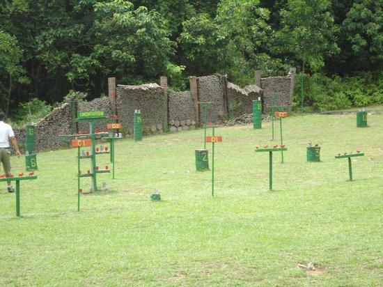Nirwana Gardens - Nirwana Resort Hotel: Rifle shooting