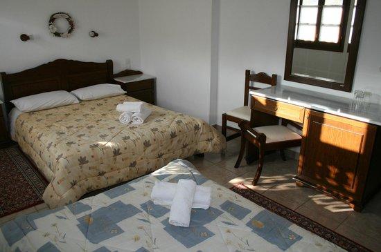 Hotel Ageri Archontiko Kleitsa : ΤΡΙΚΛΙΝΟ