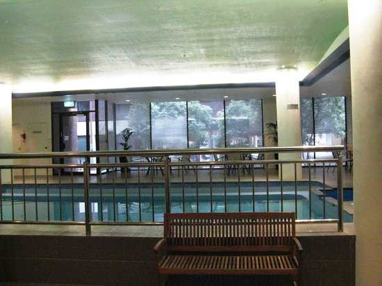 Mercure Melbourne Albert Park: Fantastic large gym and pool area