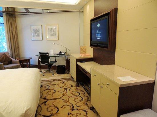 The Langham, Hong Kong : The Langham Hotel, Hong Kong