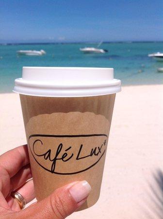 LUX* Le Morne: petit café latté sur la plage