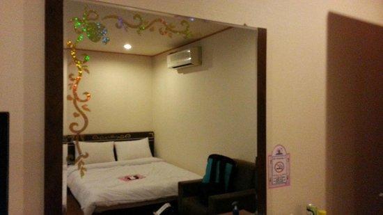 December Hotel Jeju: December Hotel Room_9