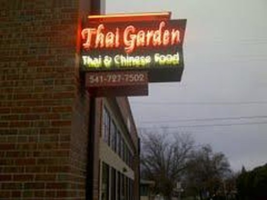 Thai Food Central Point Oregon