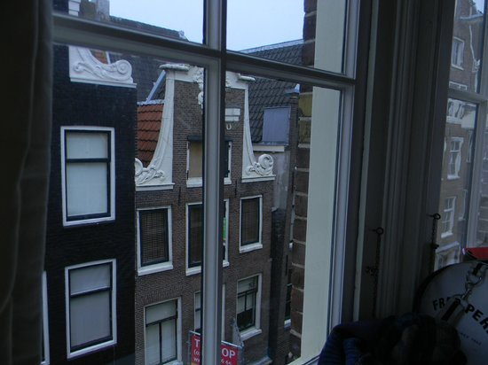 The Blue Sheep Bed & Breakfast Amsterdam: vue sur les toits