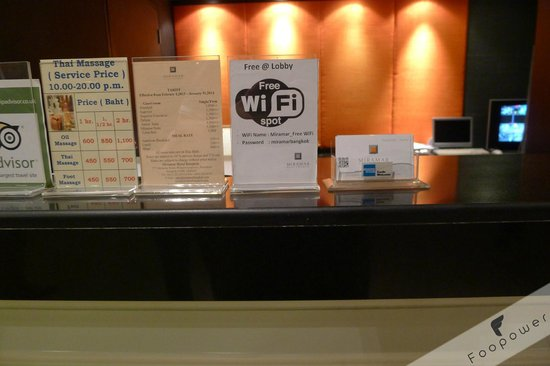 Miramar Hotel Bangkok: Free WiFi and the walk in hotel rates, definitely cheaper by booking from Agoda