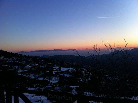 Pigi Tarlamba : Θέα από το ξενοδοχείο