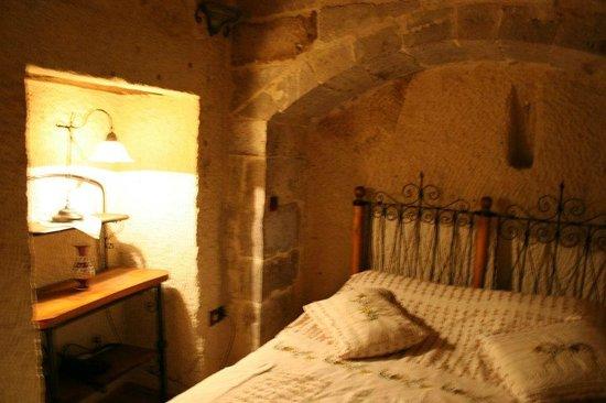 Kelebek Special Cave Hotel : Cosy room.