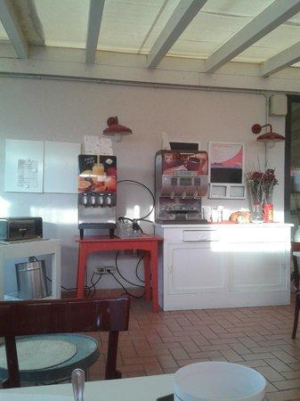 City Guest House : Zona colazione