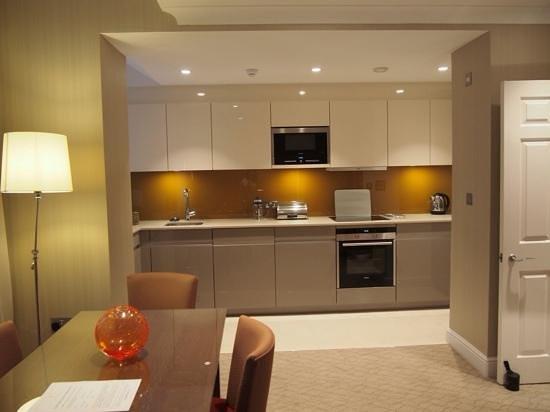 Cheval Calico House : Kitchen area.