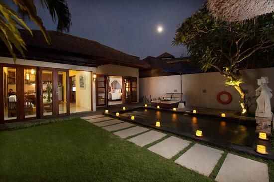 Balibaliku Beach Front Luxury Private Pool Villa: Outdoor & Pool