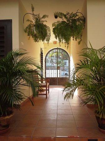 Punta Taino Guest House: Welcome / Bienvenido