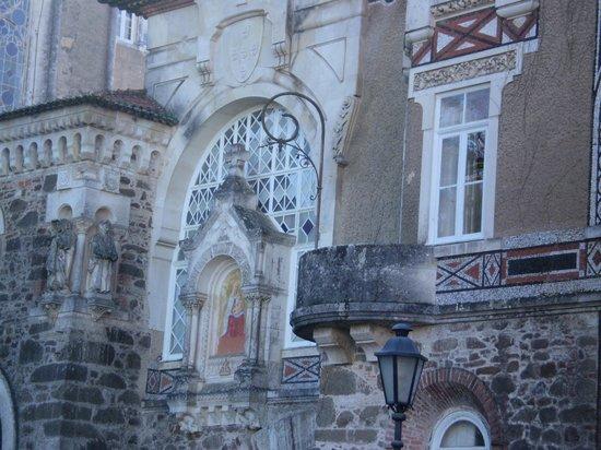 Bussaco Palace Hotel: El balcón redondo de nuestra habitación