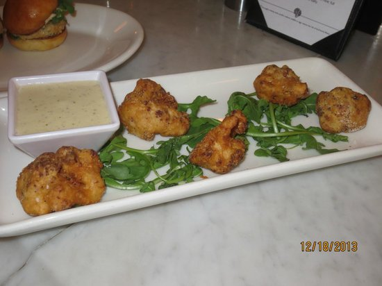 Max Fish : caulflower fritters