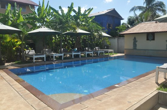 My Home Cambodia: Pool and lounging area