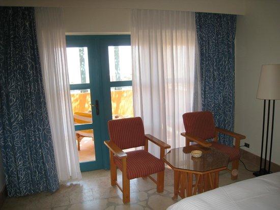 Miramar Resort Taba Heights : Огромная комната