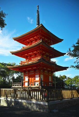 Kiyomizu-dera Temple: One of the shrine