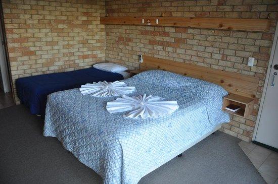 Morning Star Motel: Bedroom