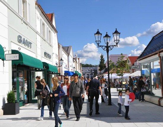 Designer Outlet Berlin: Shopping Spaß für die ganze Familie
