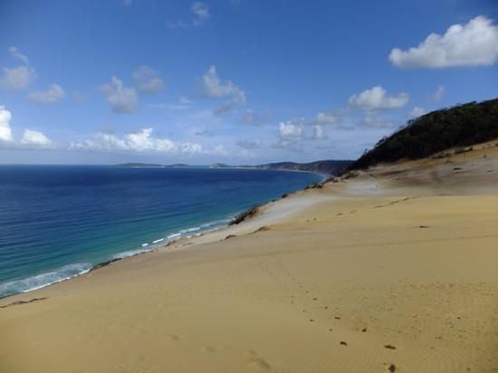 بيبيز بلايس: Rainbow Beach