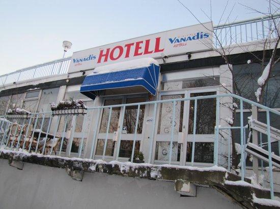 Vanadis Hotell & Bad : Вход в отель