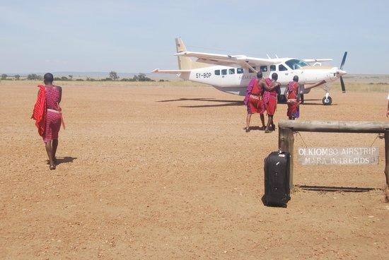 Mara Intrepids Luxury Tented Camp: The small Intrepids airstip