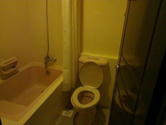 Hotel 34 : Bath Room
