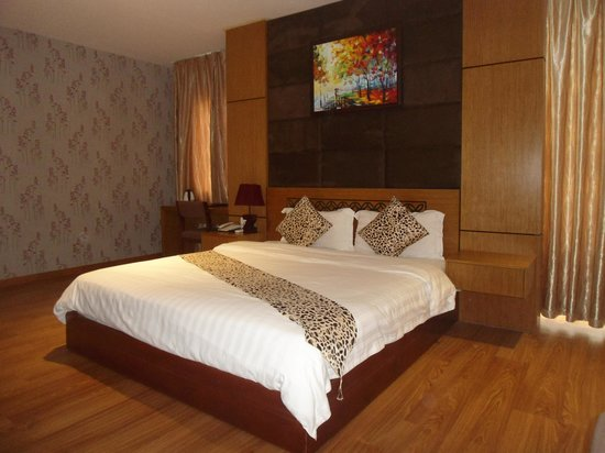 Fansipan Danang Hotel: premier suite
